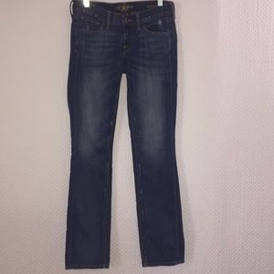 🍀 Lucky Brand Zoe Straight Distressed Jeans